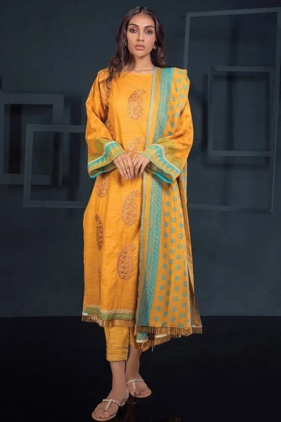orient lawn embroided lawn collection 2020